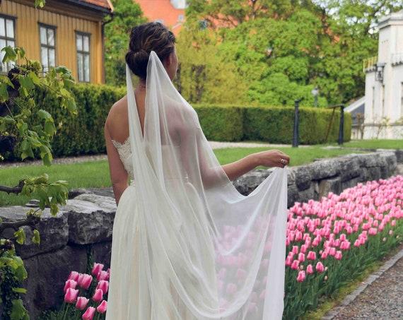 Silk Chiffon Veil, Wedding Veils, Draped Veil,Bridal Veil, Natural White Ivory Veil, Modern Bride Veil, Brudeslør i Silke