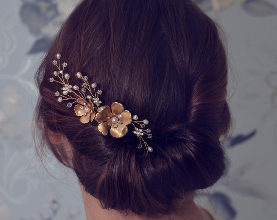 Gold Hair Comb, Bridal Hair Comb, Flower Hair Comb, Bridal Headpiece, Bridal Hairpiece, Hair Accessories, Wedding Headpiece, Side hair comb