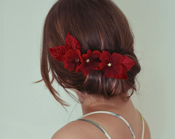 Hair Pins, Red Silk Flowers, Hair Flowers, Hair Accessories, Hairpiece, Bridal Hair Flowers, Red Fascinator, Bridal headpiece,Luxury Flowers