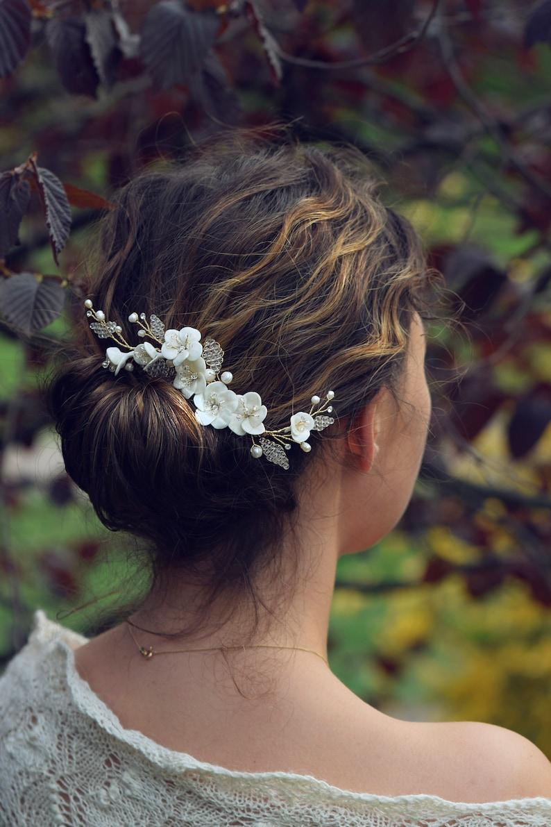 bridal hair vine, bridal side hair comb, floral wedding headpiece, gold  hairpiece,hair accessories, gold wedding headpiece,porcelain flowers