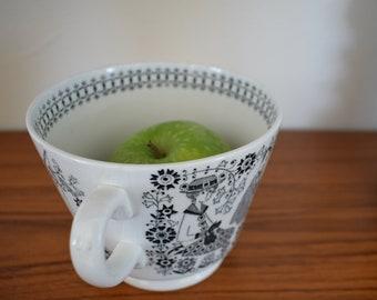 Large cup, Emilia, Arabia Finland, Raija Uosikkinen, mug