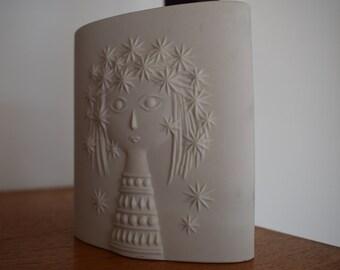 Hornsea, England, Aphrodite vase, William John Clappison, England, earthenware