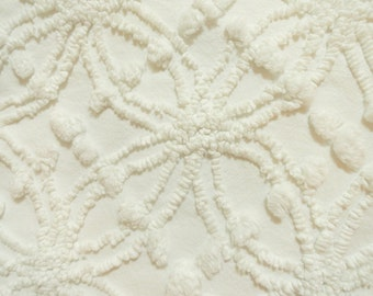 """White Cabin Crafts Fabric Needletuft Double Wedding Ring and Popcorn Vintage Chenille  Fabric...14 x 24"""""""