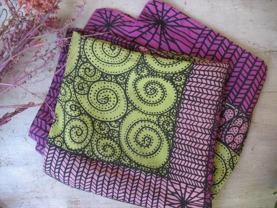 Vintage Sally Gee Silk Scarf, Mod Scarf Or Shawl, Retro Scarves, Geometric  Designs