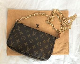 27b5322ab21c Authentic Vintage Louis Vuitton Crossbody Pochette Accessoires LV Clutch Bag  with Removable Gold Chain Strap and LV Dust Bag