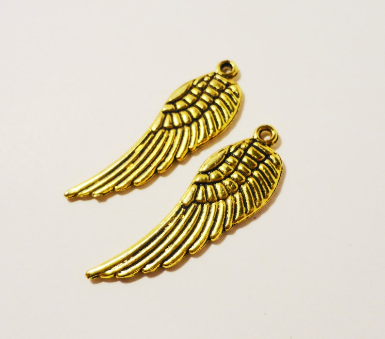 Tibetan Alloy Antique Silver Small Feathers Single Sided 19x4mm