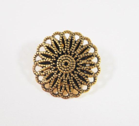 Gold Shank Buttons 16mm Antique Gold Metal Buttons, Flower Buttons, Sewing Supplies, Wrap Bracelet Buttons, Craft Supplies, 5pcs