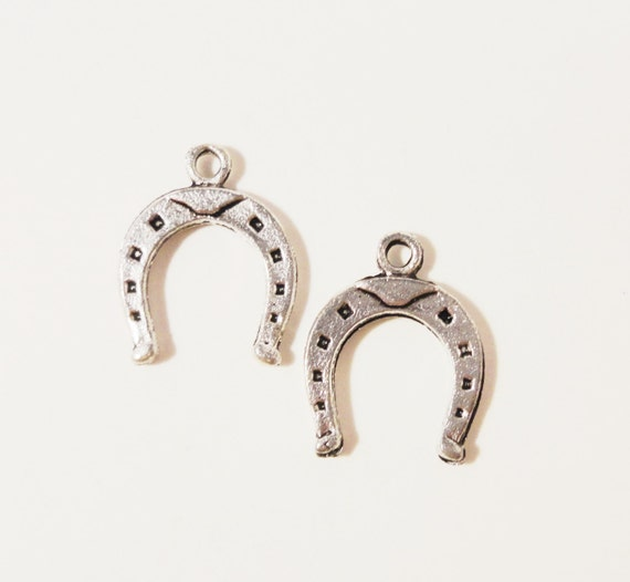 Silver Horseshoe Charms 16x13mm Antique Silver Metal Horse Shoe Cowboy Western Charm Pendant Jewelry Making Jewelry Findings 10pcs