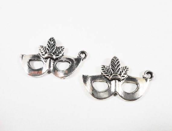 Masquerade Mask Charms 25x14mm Antique Silver Metal Mardi Gras Theater Halloween Costume Charm Pendant Jewelry Making Craft Supplies 10pcs