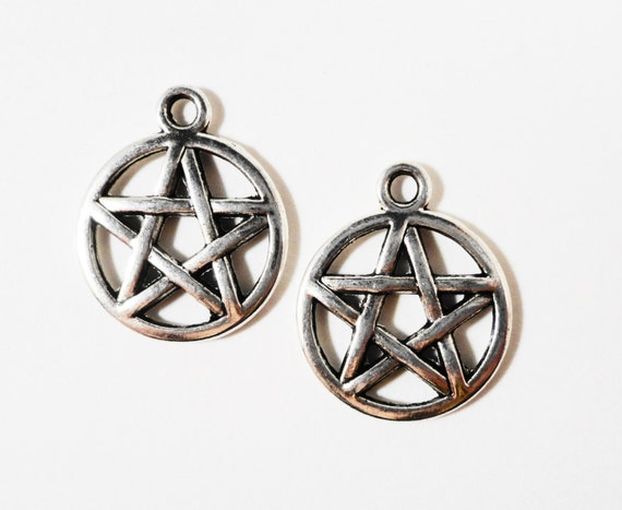 Silver Pentagram Charms 19x16mm Antique Silver Metal Wiccan Pentacle 5 Pointed Star Charm Pendant Jewelry Making Jewelry Findings 10pcs