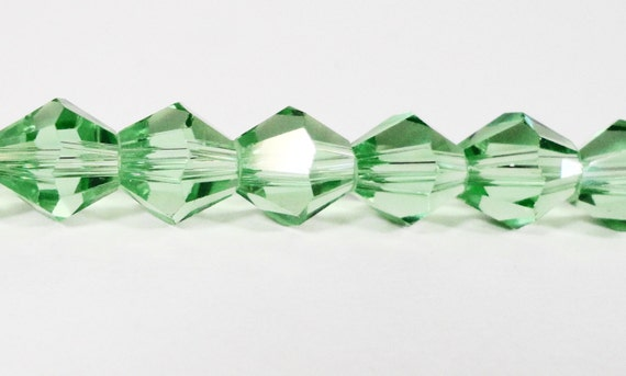 Bicone Crystal Beads 8mm Peridot Green Faceted Chinese Crystal Glass Beads for DIY Jewelry Making on a 7 1/2 Inch Strand with 25 Beads