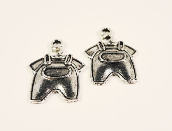 Silver Overall Charms 22x15mm Antique Silver Tone Metal Child Baby Clothes Charm Pendant Jewelry Making Findings 10pcs