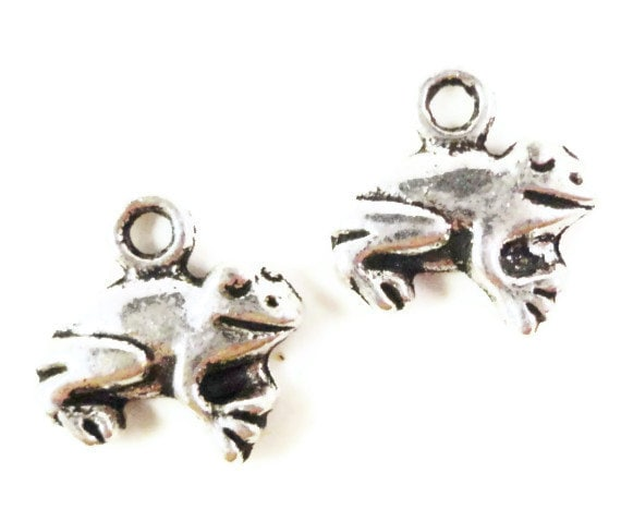 Silver Frog Charms 13x12mm Antique Silver Tone Metal Frog Animal Charm Pendant Jewelry Findings 10pcs