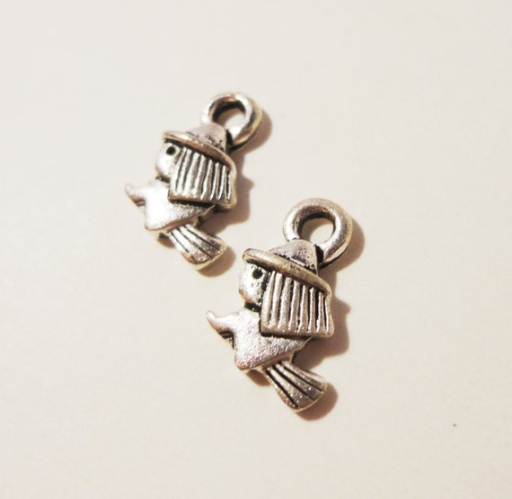 Silver Witch Charms 13x9mm Antique Silver Metal Tiny Witch on a Broomstick Halloween Charm Pendant Jewelry Making Jewelry Findings 10pcs