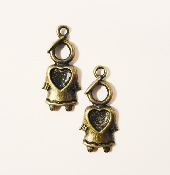 Bronze Angel Charms 27x12mm Antique Brass Tone Metal Religious Angel with Heart Christmas Holiday Charm Pendant Jewelry Findings 10pcs
