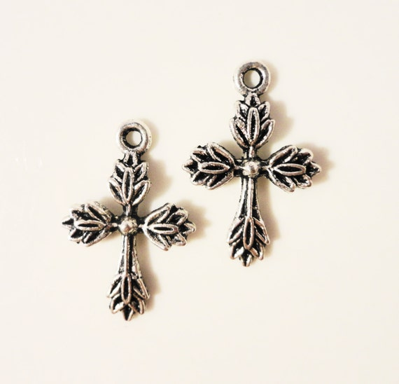 Silver Cross Charms 26x17mm Antique Silver Tone Metal Religious Charm Pendant Jewelry Findings 10pcs