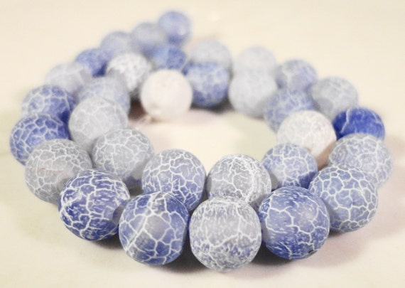 Agate Gemstone Beads 6mm Round Periwinkle Blue Frosted Matte Cracked Fire Agate Stone Beads on a 7 1/2 Inch Strand with 32 Beads