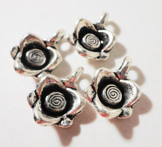 Silver Rose Charms 15x10mm Antique Silver Metal Small Flower Charm Drop Rose Pendants Jewelry Charms DIY Jewelry Making Craft Supplies 10pcs