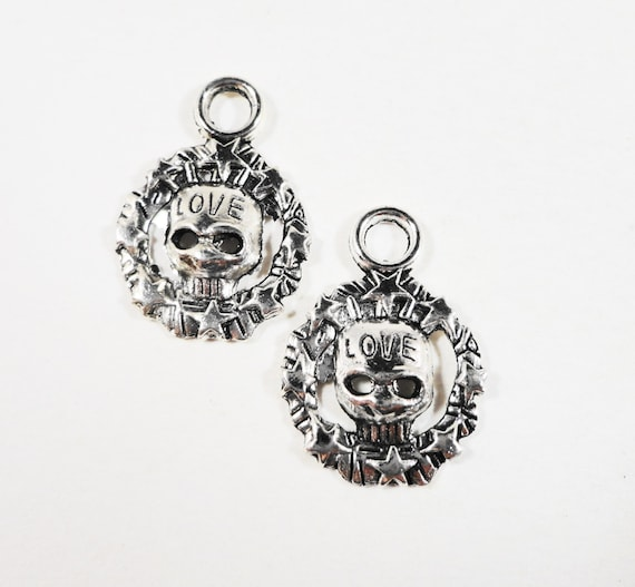 Silver Skull Pendants 21x15mm Antique Silver Skull Charms, Love Skull Charm, Skeleton Charms, Metal Charms for Jewelry Making, 10pcs
