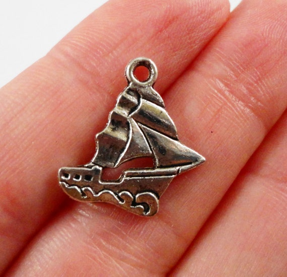 Silver Ship Charms 18x17mm Antique Silver Schooner Charms, Silver Ship Pendants, Boat Charms, Nautical Charms, Sailboat Metal Charms, 10pcs