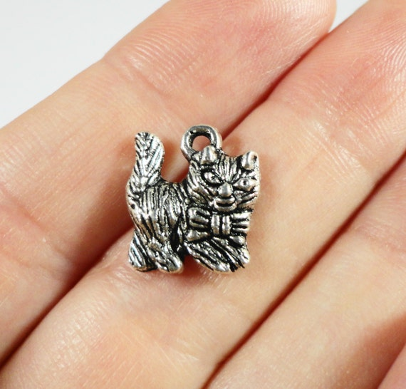 Silver Cat Pendants 14x12mm Antique Silver Cat Charms, Kitty Charms, Feline Charms, Pet Charms, Animal Charms, Metal Charms, 10pcs