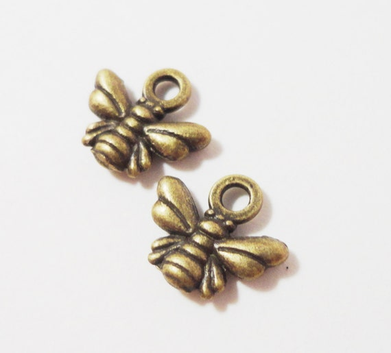 50pcs Bronze Bee Charms, 11x9mm Antique Brass Bee Charms, Bug Insect Charms, Small Honey Bee Pendants Wholesale Charms, Bulk Metal Charms