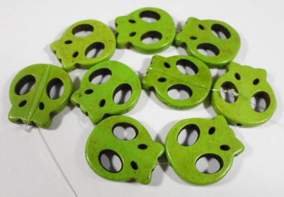 """Green Skull Beads 20mm Lime Green Howlite Skull Beads Stone Skull Beads Gemstone Skull Beads Skeleton Beads on a  7 1/4"""" Strand with 9 Beads"""
