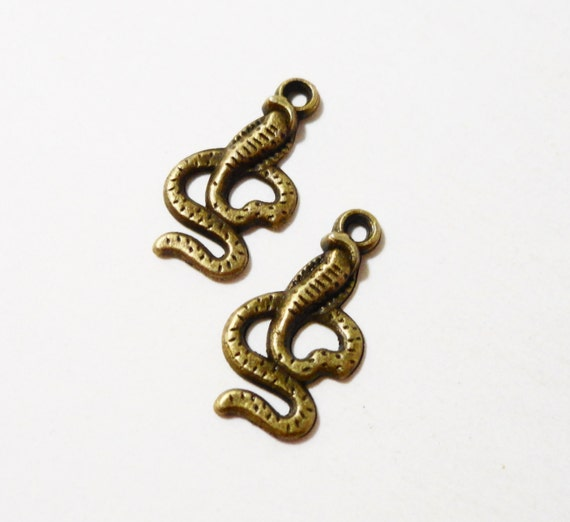 Bronze Snake Charms 18x10mm Antique Brass Cobra Charms, Small Snake Pendants, Serpent Charms, Animal Charms, Metal Charms for Jewelry, 10pcs