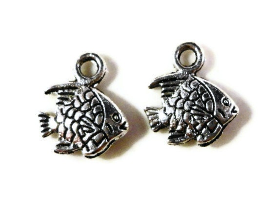 Silver Fish Charms 10x9mm Antique Silver Tone Metal Small Double Sided Tropical Angel Fish Charm Pendant Jewelry Findings 12pcs