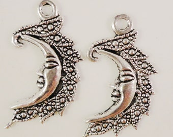 Silver Moon Charms 26x15mm Antique Silver Tone Metal Crescent Moon Charm Pendant Jewelry Findings 10pcs