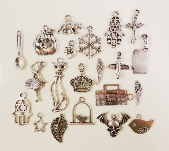 Silver Charm Assortment 12x5mm to 27x25mm Antique Silver Tone Metal Alloy Charm Pendant Variety Pack Jewellery Making Jewelry Findings 20pcs