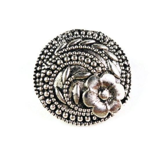 Flower Shank Buttons 17x7mm Antique Silver Tone Metal Shank Buttons, Wrap Bracelet Buttons, Fancy Buttons, Sewing Supplies, 5pcs