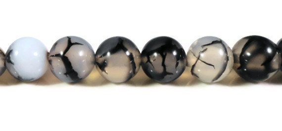 Dragons Vein Agate 8mm Round Cracked Fire Agate Clear and Black Gemstone Semiprecious Stone Beads on a 7 1/4 Inch Strand with 23 Beads