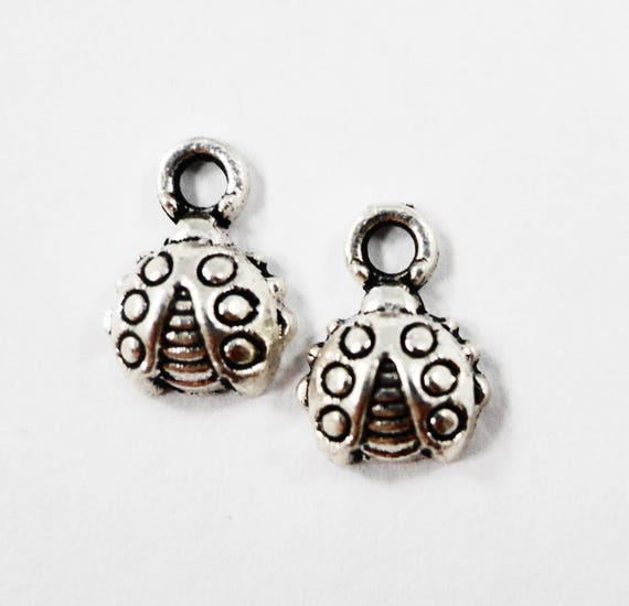 Tiny Ladybug Charms 10x8mm Antique Silver Ladybug Pendants, Beetle Charms, Bug Charms, Insect Charms, Nature Charms, Metal Charms, 10pc