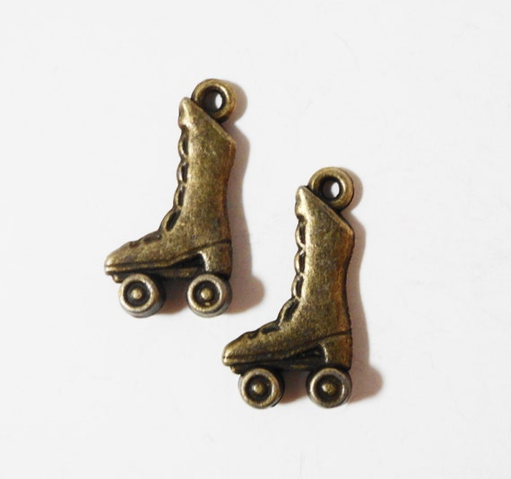 Roller Skate Charms 20x11mm Antique Brass Metal (Bronze) 3D Sports Charm Pendant Jewelry Making Jewelry Findings Craft Supplies 10pcs