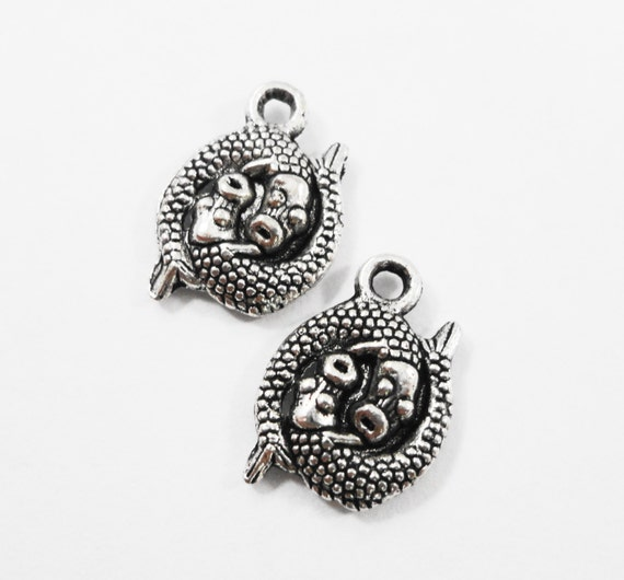 Pisces Zodiac Charms 15x11mm Antique Silver Pisces Charms, Pisces Fish Charms, Pisces Zodiac Pendants, Double Fish Charms, Metal Charms 10pc