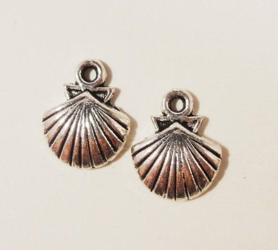 Silver Seashell Charms 14x12mm Antique Tibetan Silver Metal Nautical Ocean Sea Shell Charm Pendant Jewelry Making Jewelry Findings 10pcs