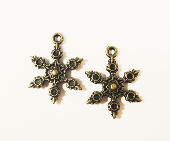 Bronze Snowflake Charms 23x17mm Antique Brass Metal Winter Holiday Christmas Double Sided Charm Pendant Jewelry Making Findings 10pcs