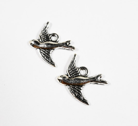 Silver Bird Charms 15x15mm Antique Silver Charms, Small Silver Bird Pendants, Swallow Charms, Pigeon Charms, Metal Charms for Jewelry, 10pcs