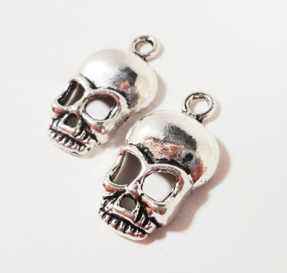 Silver Skull Pendants 26x15mm Antique Silver Metal Skeleton Halloween Charm Pendant Jewelry Making Jewelry Findings Craft Supplies 10pcs
