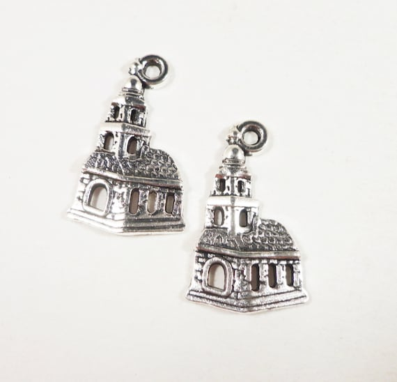Silver Church Charms 22x13mm Antique Silver Church Pendants, Chapel Charms, Religious Charms, Metal Building Charms, Christian Charms, 10pcs