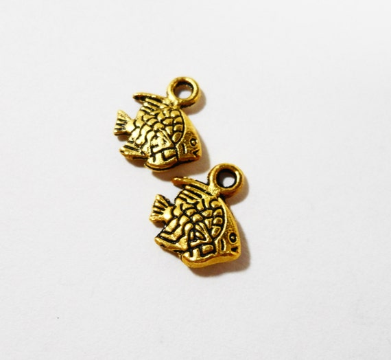 Gold Fish Charms 11x9mm Antique Gold Fish Pendants, Angelfish Charms, Sea Charms, Ocean Charms, Tiny Fish Charms, Metal Charms, 10pcs