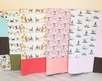 SALE! Organic Baby Quilt, Organic Toddler Quilt, Ready To Ship, Vintage Inspired, Floral, Woodland, Animal Parade, Toile