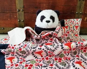 Organic Baby Blanket, Foxes, Organic Receiving Blanket, Girl, Woodland, Folkland, Raccoons, Mice, Organic Stroller Blanket, Baby Girl, Pink