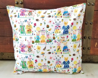 Gifts For Her, Gift for Best Friend, Organic Throw Pillow Cover, BFFS, Sofa Pillow Cover, Gifts for Mom, Hearts, Cats, Girl, 18 x 18