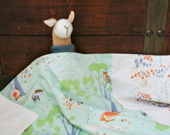 Organic Baby Blanket, Receiving Blanket, Stroller Blanket, Baby Blanket, Gender Neutral, Woodland Gathering, Deer, Foxes, Forest Animals