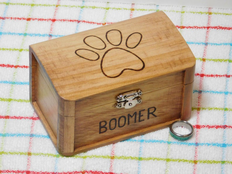 Paw Print Jewelry Box Wood Keepsake Box Graduation Gift Class Ring Box 2019 Personalize Engraved Custom Name Year Monogram 5 25 L