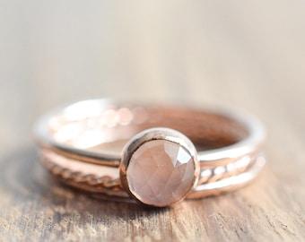 14K Rose Gold Filled Rose Quartz Ring Set// 6mm Round Rose Cut Rose Quartz Ring // Set of 3 Rose Gold Rings // Rose Quartz Stacking Rings