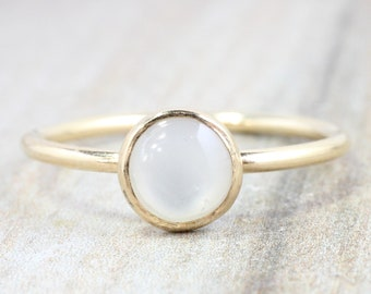 Gold Pearl Ring // 14k Gold Filled Mother of Pearl Stacking Ring // Yellow Gold Ring // Pearl Ring // June Birthstone Ring