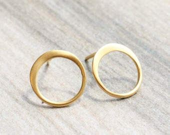 Gold Circle Stud Earrings // 24k Gold Plated Sterling Silver Open Circle Studs // Simple Gold Studs